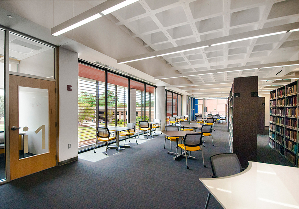 Gordon-College-Library-interior7-Education-Benning-Construction-Company