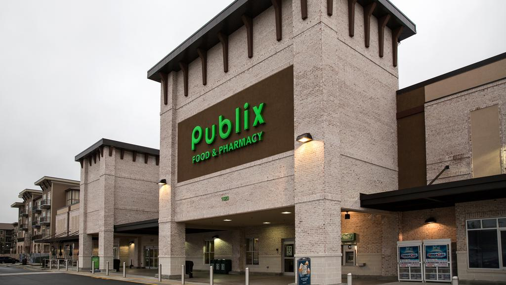 Publix-Cary-NC-Grocery Anchored Construction-Benning-Construction-Company